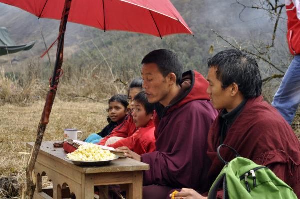Pukance prišli už aj k budhistickým mníchom v odľahlom Arunachale Pradesh v Indii_resize